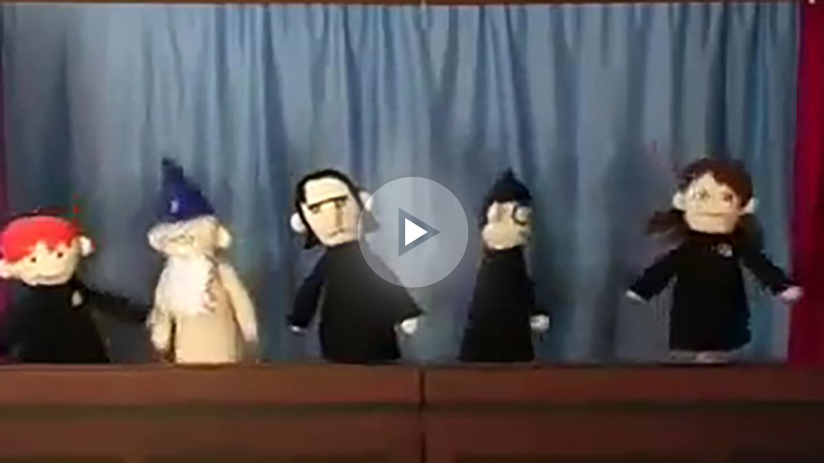 Los títeres de la saga Harry Potter cantan una divertida canción
