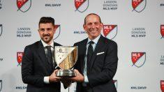Villa recibe el Landon Donovan MLS MVP. (Getty)