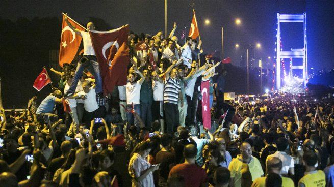 Comienza en Turquía el juicio a los 500 acusados por el fallido golpe de Estado