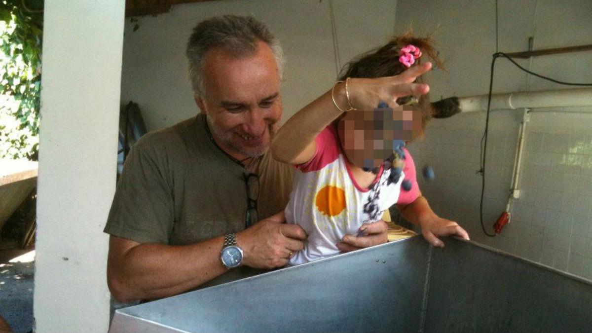 Fernando Blanco junto a su hija Nadia (Facebook)