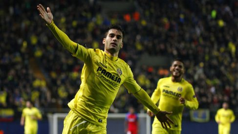 Manu Trigueros hizo el segundo del Villarreal ante el Steaua. (AFP)