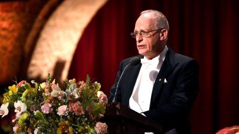 Oliver Hart, este sábado en Estocolmo (Foto: AFP).