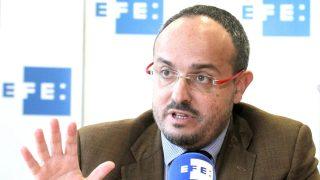 El portavoz del PP en el Parlament de Cataluña, Alejandro Fernández (Foto: Efe).