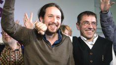 El secretario general de Podemos, Pablo Iglesias, con Juan Carlos Monedero.