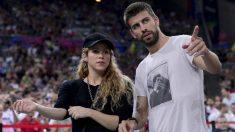 Gerard Piqué, junto a Shakira en un evento en Barcelona. (AFP)