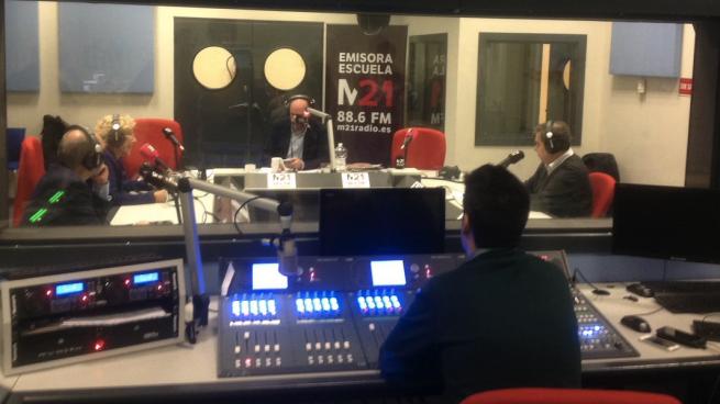 La radio de Carmena empezará su emisión fuera de pruebas con un año de retraso