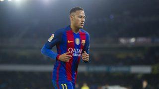 Neymar, durante un encuentro con el Barça. (Foto: Getty)