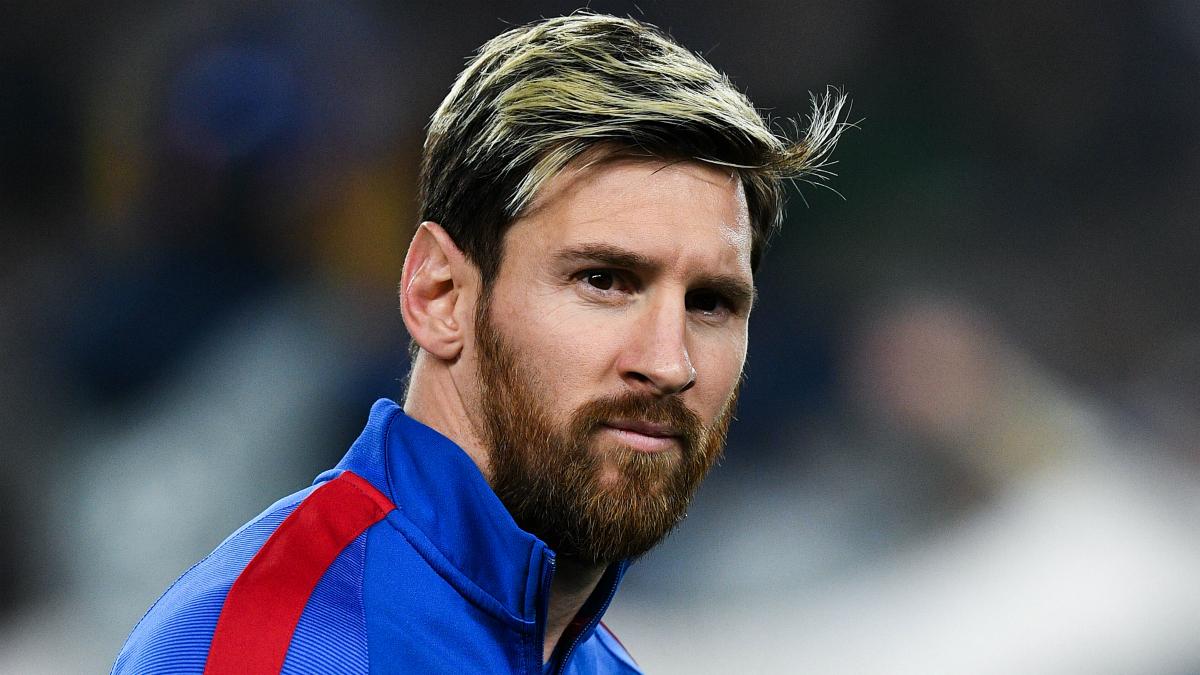 Leo Messi, pensativo en el Camp Nou. (Foto: Getty)