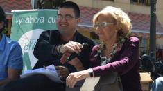 El concejal de Economía y Hacienda, Carlos Sánchez Mato, con la alcaldesa Manuela Carmena. (Foto: AM)