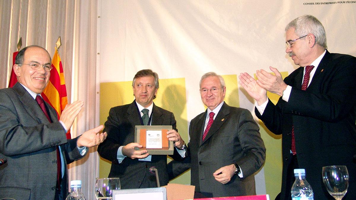 Miquel Valls, segundo por la derecha, en una imagen de archivo (Foto: AFP)