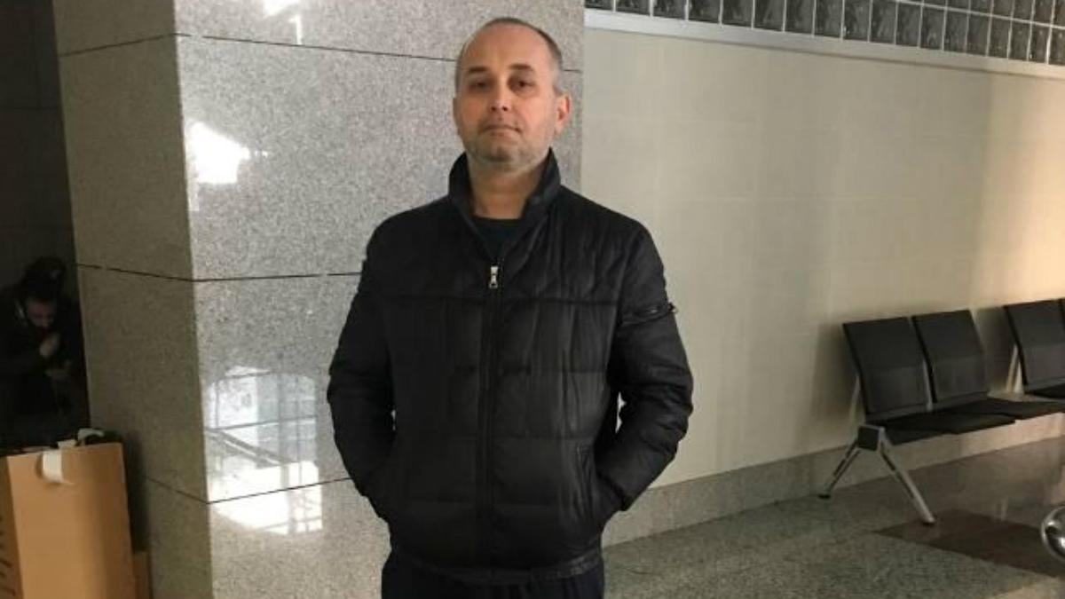 Senol Buran, dueño de una cafetería en Estambul detenido por opinar contra Erdogan.