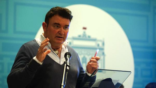 Paco Cano, asesor cultural del Ayuntamiento de Cádiz, condenado por una estafa de 434 millones.