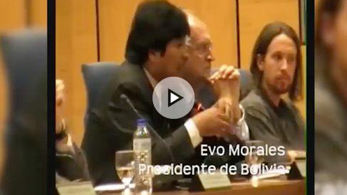 Pablo Iglesias, junto a Evo Morales el 14 de septiembre de 2009 en la Complutense.