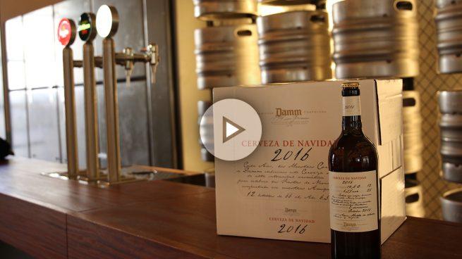 Descubrimos cómo se elabora la cerveza de Navidad de Damm en su fábrica