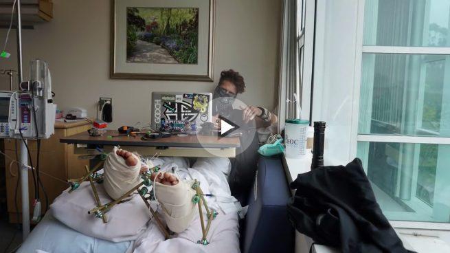 El youtuber '8booth' se parte las piernas en su último vídeo