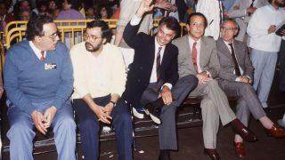 Fernando Ledesma (segundo por la derecha), junto a Felipe González y Gregorio Peces Barba. (Foto: EFE)