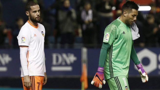 Valencia-Alves-Mario-Suárez