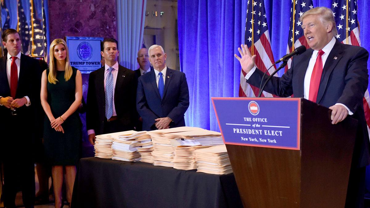 Donald Trump en su primera comparecencia como presidente electo (Foto: AFP)