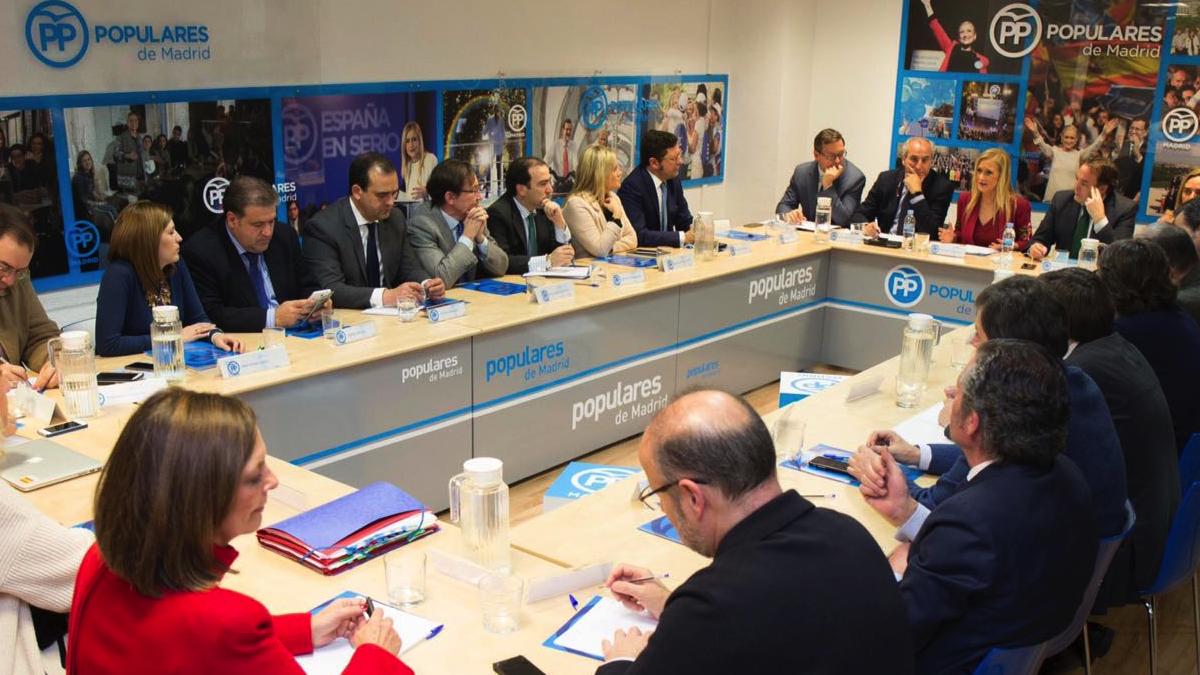 Reunión de la Gestora en el PP madrileño. (Foto: PP)