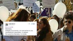 El tuit de Julián Moreno y detrás una fotografía de la supuesta manifestación apartidista con banderas de Podemos. Foto: twitter