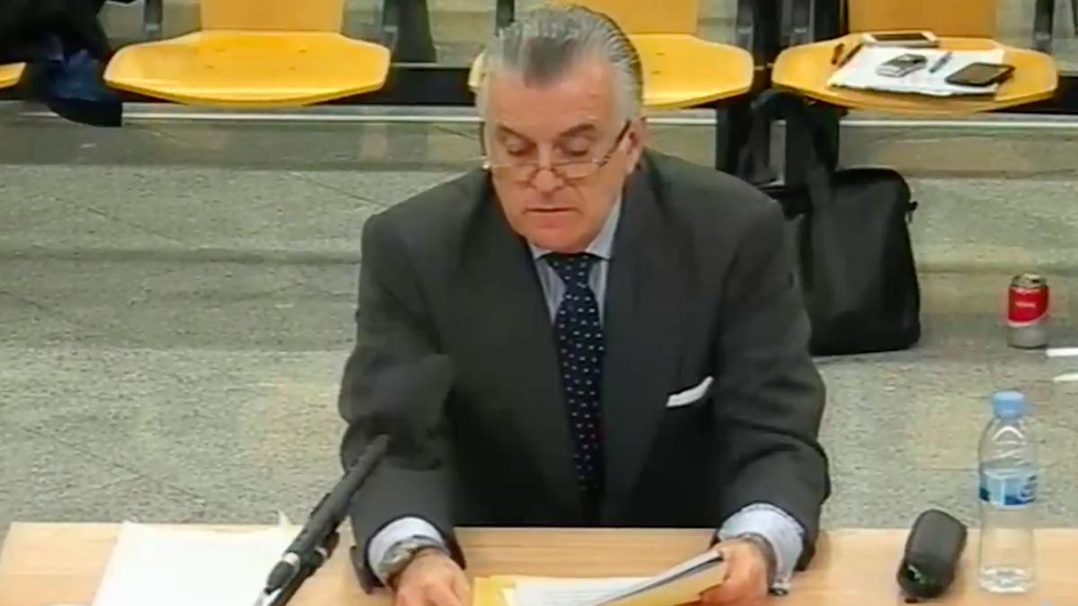 Bárcenas en una comparecencia sobre la 'caja b' del PP.