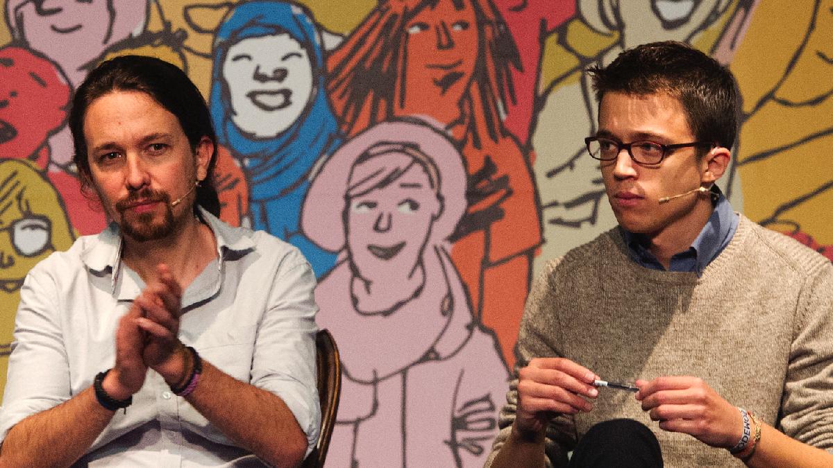 El líder de Podemos, Pablo Iglesias, y el Secretario de Política, Íñigo Errejón. (Foto: AFP)