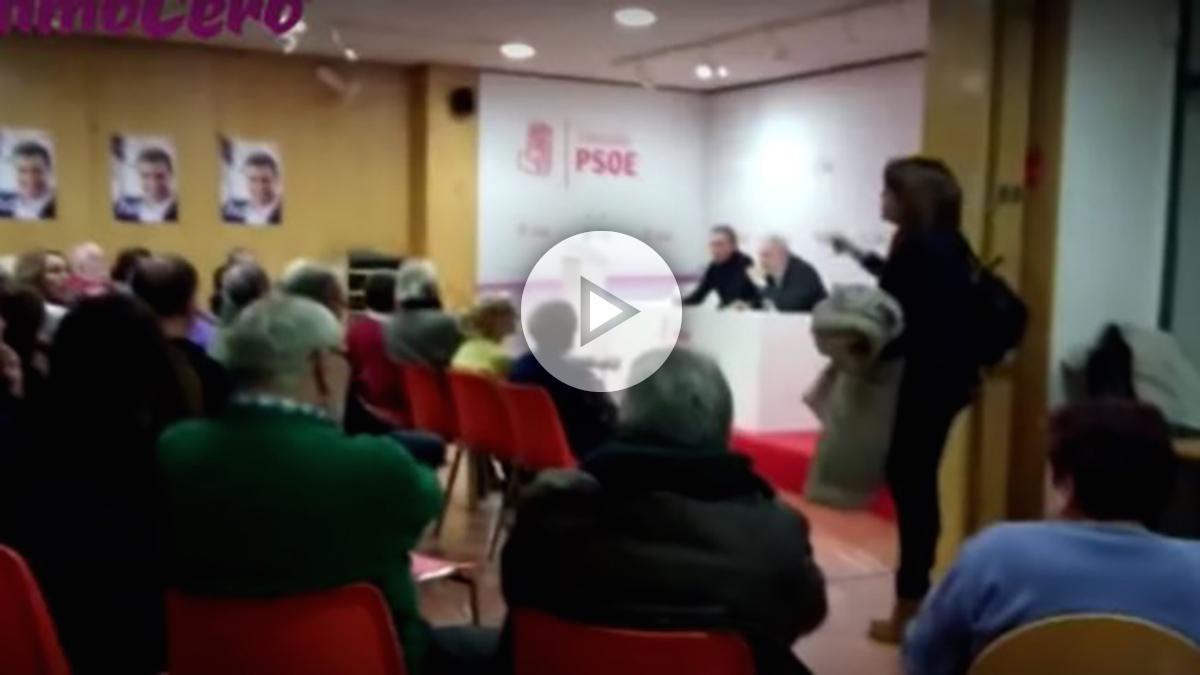 sorayaa-655x368Soraya Rodríguez abandona la reunión de la agrupación del PSOE de Valladolid, este lunes.