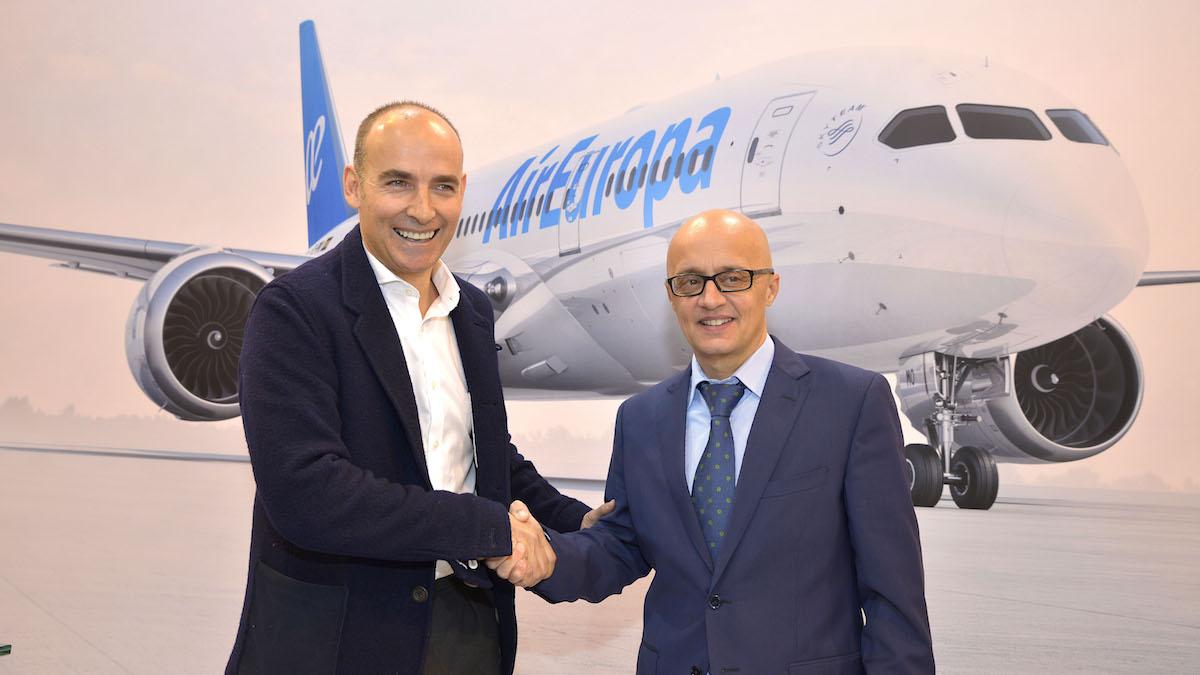 Richard Clark, subdirector general de Air Europa y Pepe López de Ayala, managing de Twitter Spain.