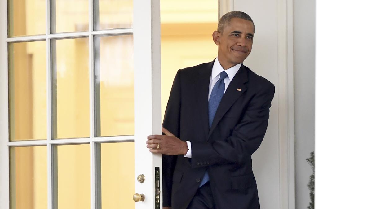 Barack Obama sale por última vez como presidente del Despacho Oval. (Foto: AFP)