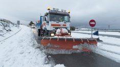 Camión quitanieve (Foto: EFE)