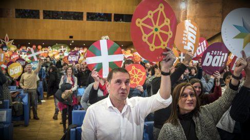 El etarra Arnaldo Otegi, en el congreso de refundación de Sortu, en el Palacio Euskalduna de Bilbao. (EFE)