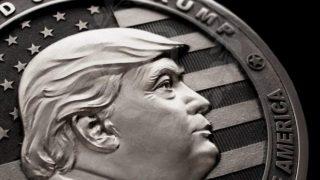 Moneda de Trump acuñada en Rusia