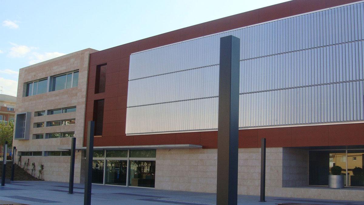 Fachada de los juzgados de Vélez-Málaga.