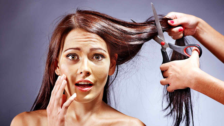 ¿Es peligroso decolorarse el cabello?