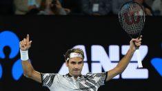 Federer celebra su victoria en semifinales ante Wawrinka. (Getty)
