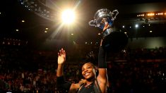 Serena Williams se proclamó campeona en Australia. (Getty)