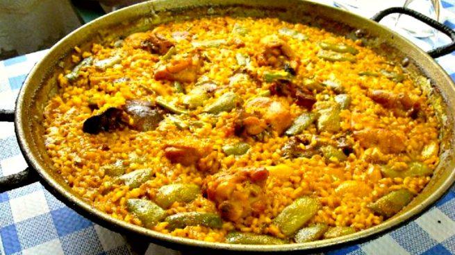 [Obrazek: que-comer-en-valencia-en-fallas-2-655x368.jpg]
