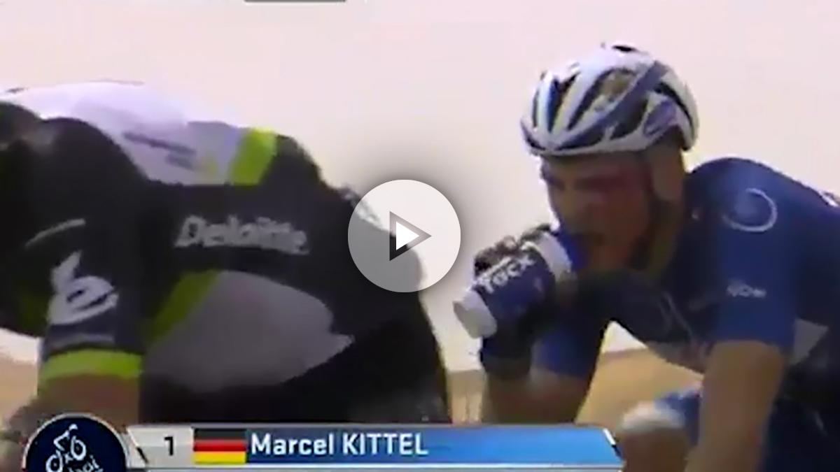 Marcel Kittel, con la cara totalmente ensangrentada.