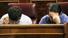 Iñigo Errejón y Pablo Iglesias. (Foto: EFE)