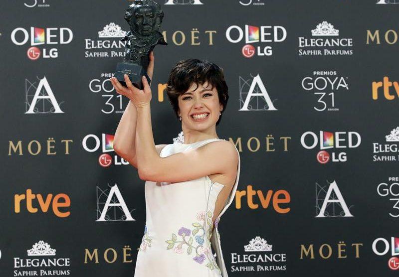 Anna Castillo con el Goya a Mejor Actriz Revelación.
