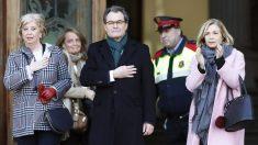 Irene Rigau, Artur Mas y Joana Ortega, condenados a penas de inhabilitación por organizar el referéndum ilegal del 9-N. (Foto: EFE)