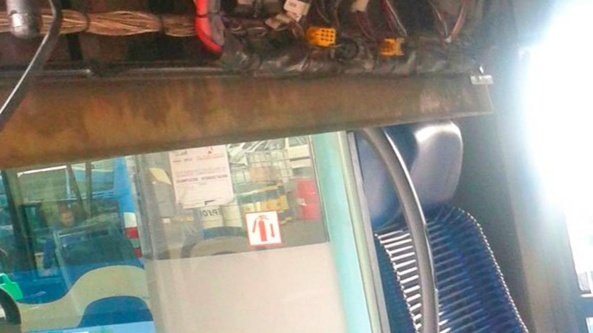 La parte delantera del techo de un autobús se ha desprendido y ha herido a 14 personas en Jerez. (Ayto.Jerez)
