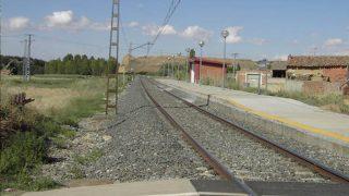 Paso de tren en Monzón de Campos, en Palencia.