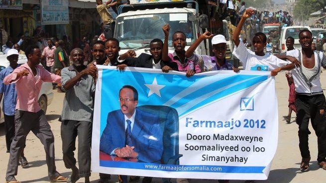 Partidarios del nuevo presidente de Somalia. (Foto: AFP)
