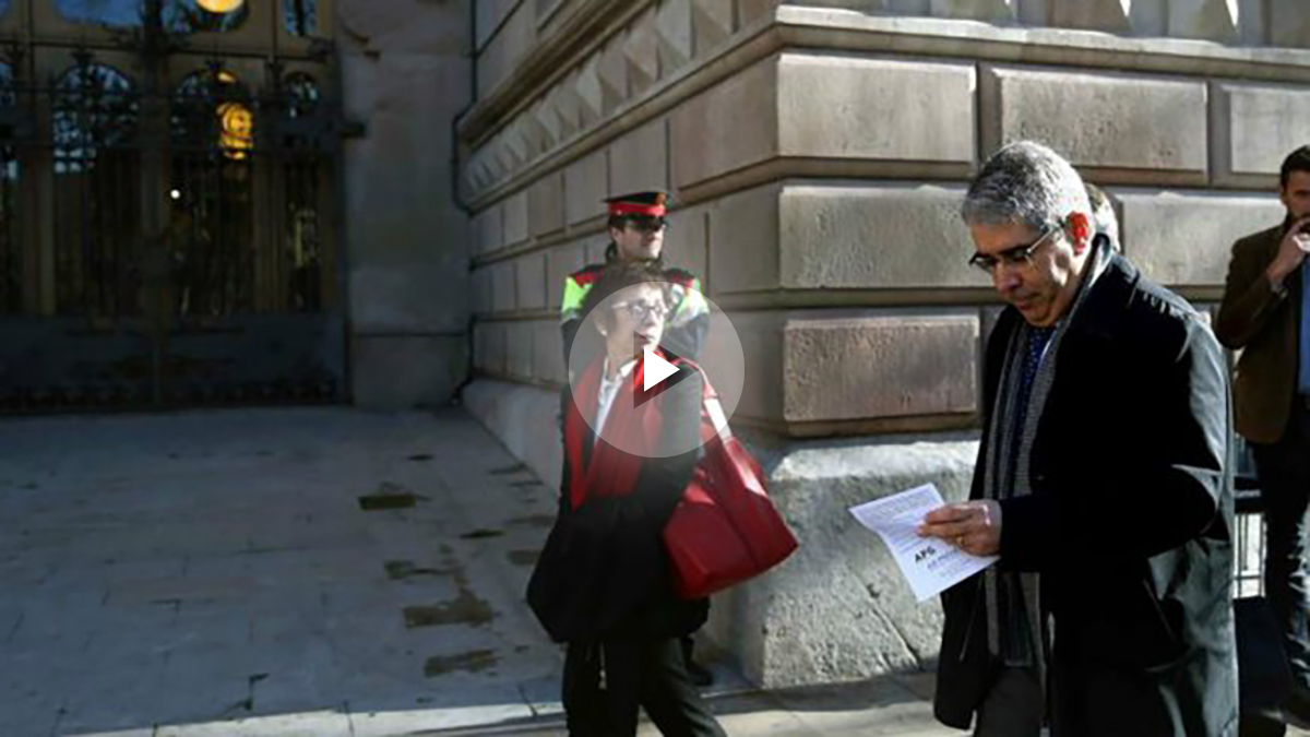 Francesc Homs a su llegada Tribunal Superior de Justicia de Cataluña (TSJC) para testificar. Foto: EFE