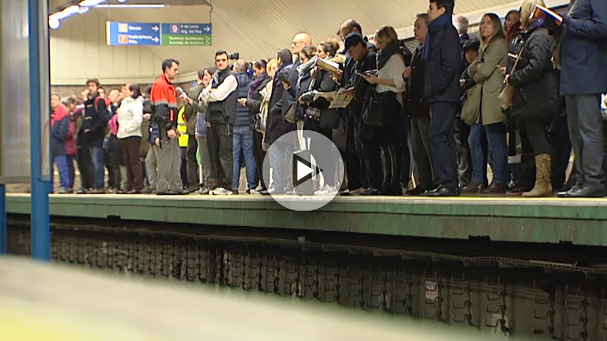 metro-empujadores-play