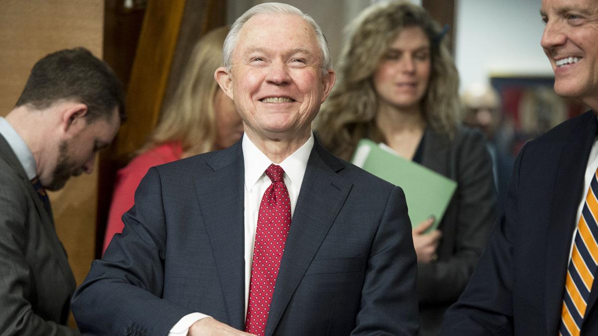 Jeff Sessions, nuevo fiscal general de Estados Unidos (Foto: AFP)