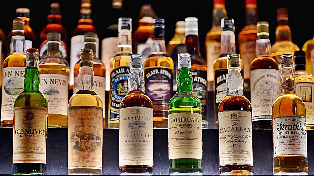 Los hosteleros de Sevilla quieren prohibir la venta del alcohol a partir de las 18 horas.