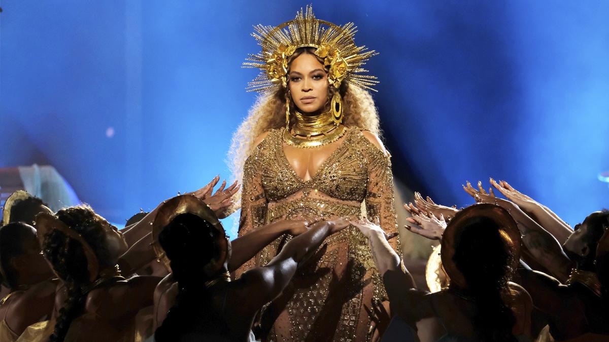 Beyoncé en los Grammy 2017. (Foto: AFP)