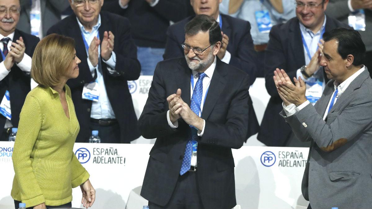 Rajoy, con Cospedal y Martínez -Maíllo, en la Convención Nacional del PP de Sevilla.